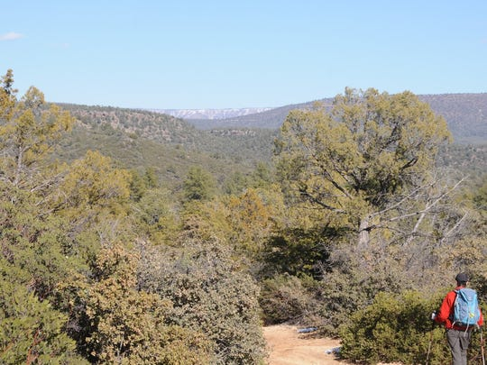 The Houston Loop hike in Payson has big views of the Mogollon Rim.