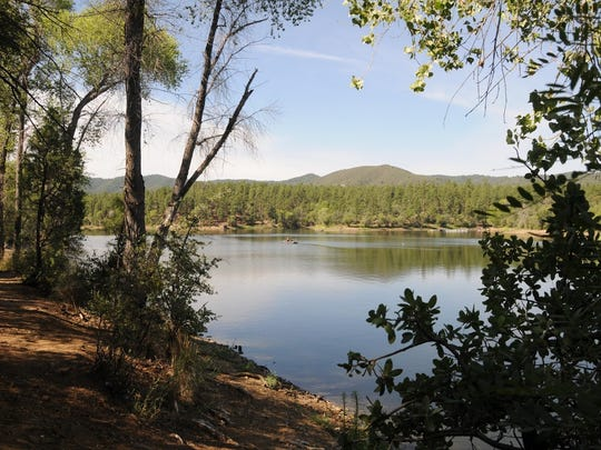 Lynx Lake is just a short walk from Lynx Campground.