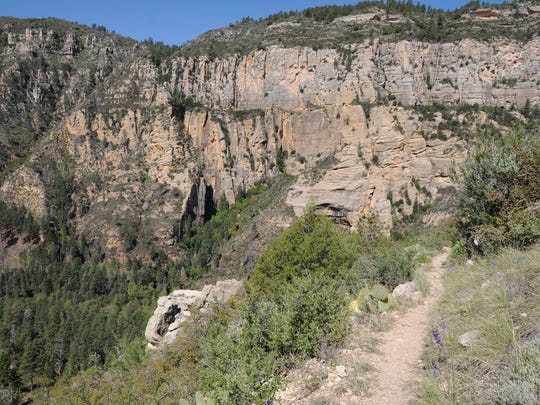 The Thomas Point Trail north of Sedona climbs steeply