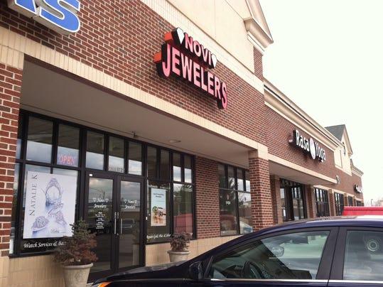 NNO 1 Novi Police Investigate Jewelry Theft.jpeg