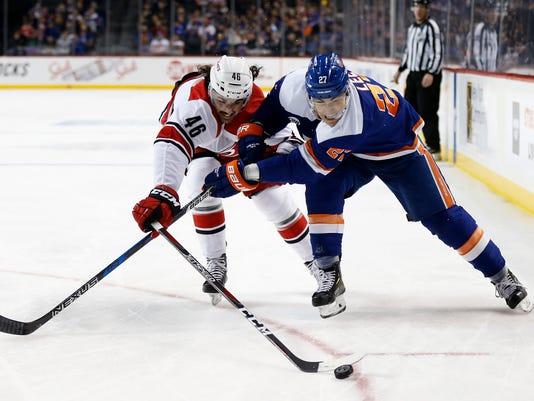Hurricanes_Islanders_Hockey_51340.jpg