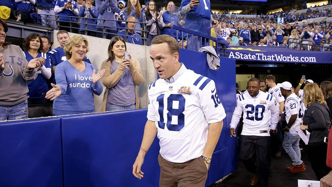 Peyton Manning takes the field during the Colts Super Bowl XLI 10th Anniversary reunion during halftime of the Colts/Titans game November 20, 2016.