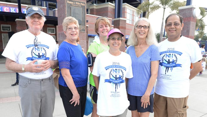 The 2016 New Horizons Race for Recovery Team: John Romano, CEO; Pat Austin, Board Vice Chair; Anette Gosselin, Chief Financial Officer; Kim Jeansonne, Race Chair; Jo Anne Knight, Chief Human Resources Officer; and Dr. Lalit Chaube, Chief Medical Officer.