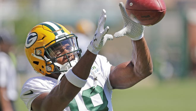 Green Bay Packers wide receiver Randall Cobb will be the special guest as part of the Nov. 21 Clubhouse Live charity show, which will benefit USA TODAY NETWORK-Wisconsin's Stock the Shelves campaign.