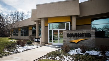 Excel Center gives adults another chance in Muncie