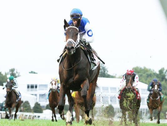635794907280652991-TEPIN---The-First-Lady-Gr-I---18th-Running---10-03-15---R07---KEE---Under-Rail