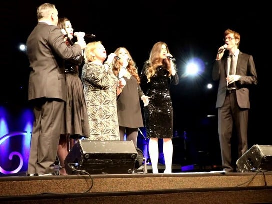 Sandi Patty performs on her Forever Grateful Tour.