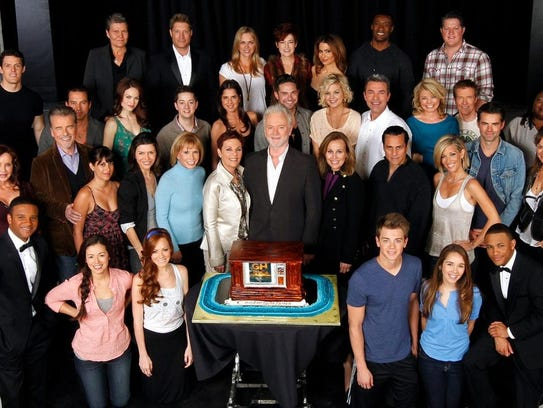 Cast of 'General Hospital.' Carolyn Hennesy is center