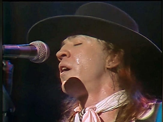 stevie ray vaughan helicopter crash photos with 20504895 on Stevie Ray Vaughan Crash Photos furthermore TheCrash further Stevie Ray Vaughan as well Expensive Guitars in addition Airplane And Helicopter Lawyer.