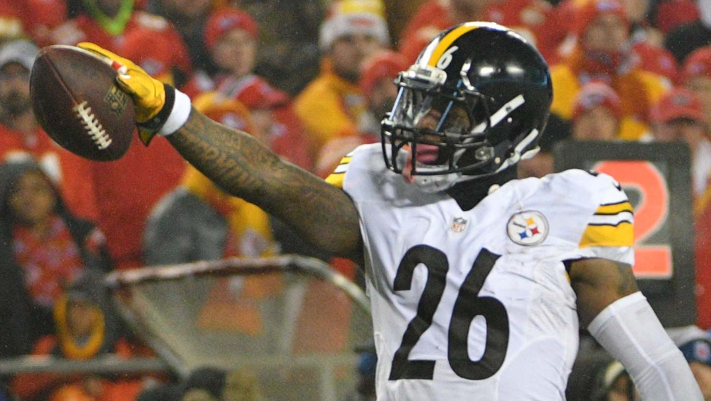 Pittsburgh Steelers' Le'Veon Bell hints at date of return on Twitter
