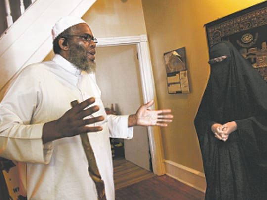 "WILMINGTON: ""The community doesn't care because the police really don't care,"" said Imam Ismaa'eel H. Hackett, discussing drug dealing and use in the Hilltop neighborhood with his wife, Tahsiyn."