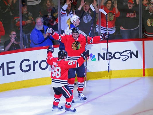 USP NHL: ST. LOUIS BLUES AT CHICAGO BLACKHAWKS S HKN USA IL