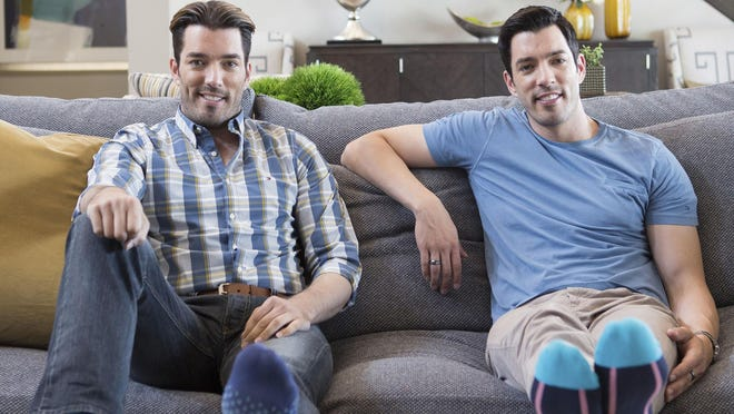 """Jonathan, left, and Drew Scott face off in a new season of HGTV's """"Brother vs. Brother."""""""