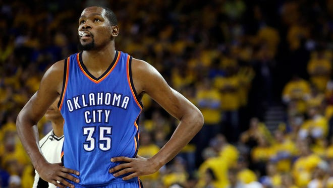 Kevin Durant is going to talk to some teams for free agency.