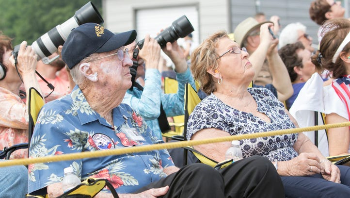 Pearl Harbor survivor celebrates 100th birthday with Blue Angels, Snowbirds