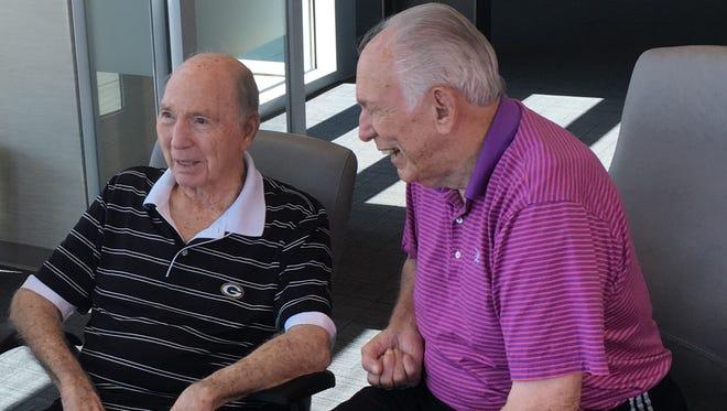 Former NFL quarterbacks Bart Starr, left, and John Brodie met last week in San Diego.