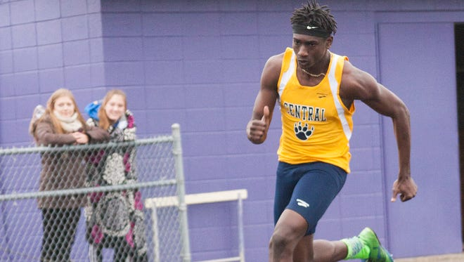 Austin McKinney of Battle Creek Central competes in the 200 meter dash Thursday evening at the Lakeview Invitational.