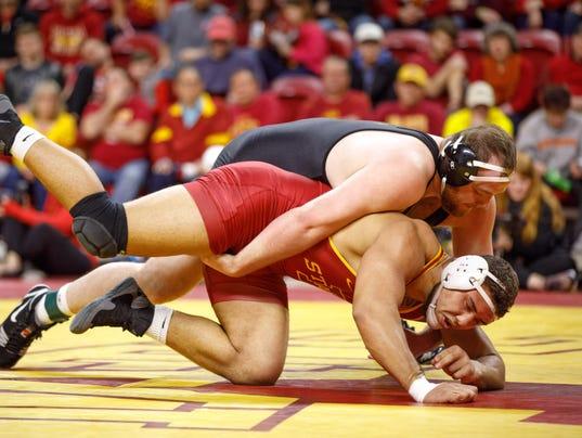 636545745105631405-ISU-Iowa-Wrestling-22.jpg