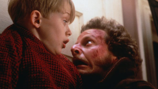 "The 1990 holiday hit ""Home Alone,"" starring Macaulay Culkin and Daniel Stern, returns for theaters in November for two nights."