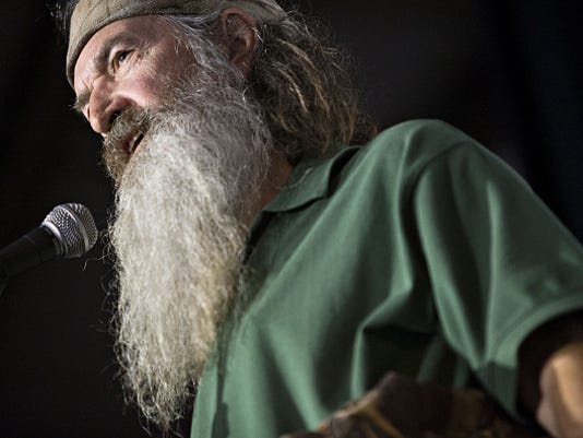 Presidential Candidate Ted Cruz Holds Campaign Rally With Phil Robertson