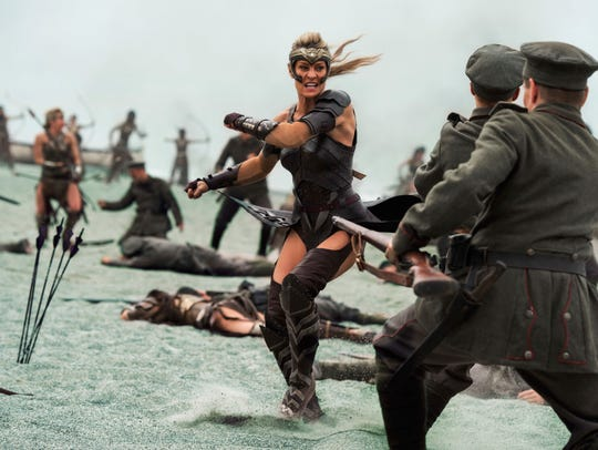 Robin Wright fights German soldiers in 'Wonder Woman.'
