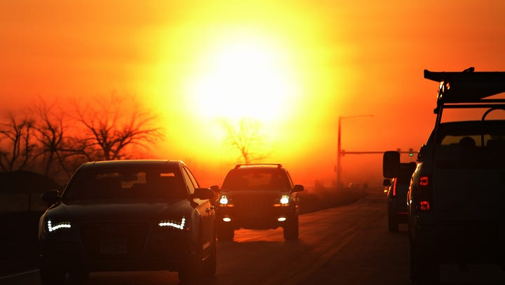 It's the season of squinting: Sun glare makes morning commute in Des Moines more difficult