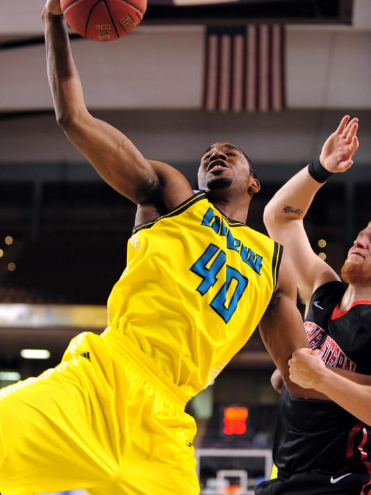 NCAA Basketball: Colonial Conference Tournament-UNCW vs Northeastern