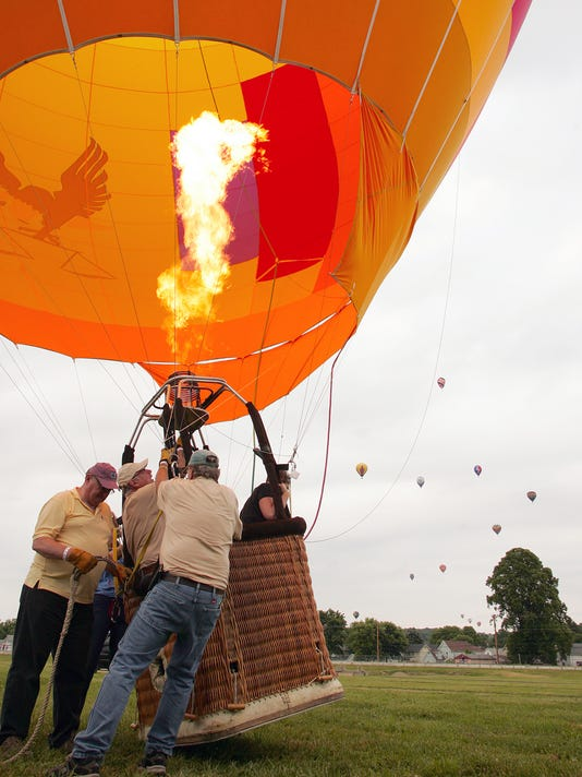 03-COS-061016-balloon-festival-ML.JPG