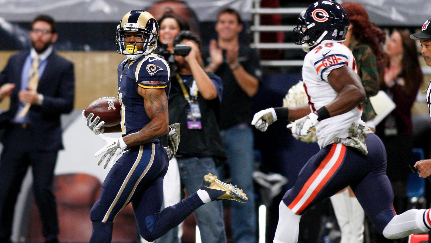 rams rout another contender blowing out bears 42 21