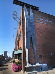 Shiel Sexton headquarters in Indianapolis has a sculpture