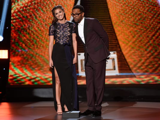 Mike Epps, Alex Morgan