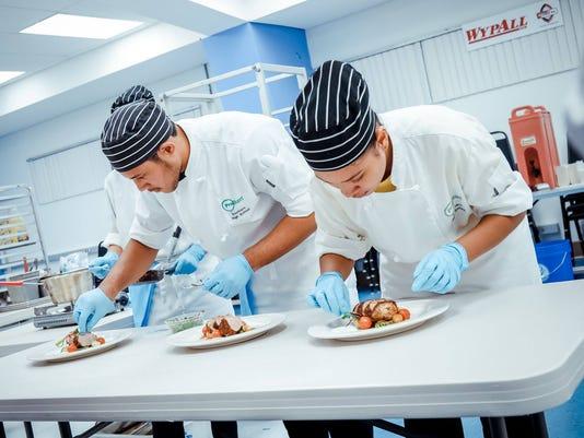 636138116977994856-Southern-Salon-Culinaire.jpg