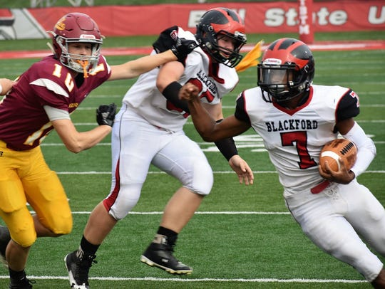 Blackford's Isaac Justice runs the ball in the Bruins'