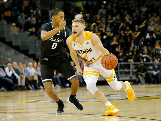 Northern Kentucky Norse guard Tyler Sharpe (15) drives
