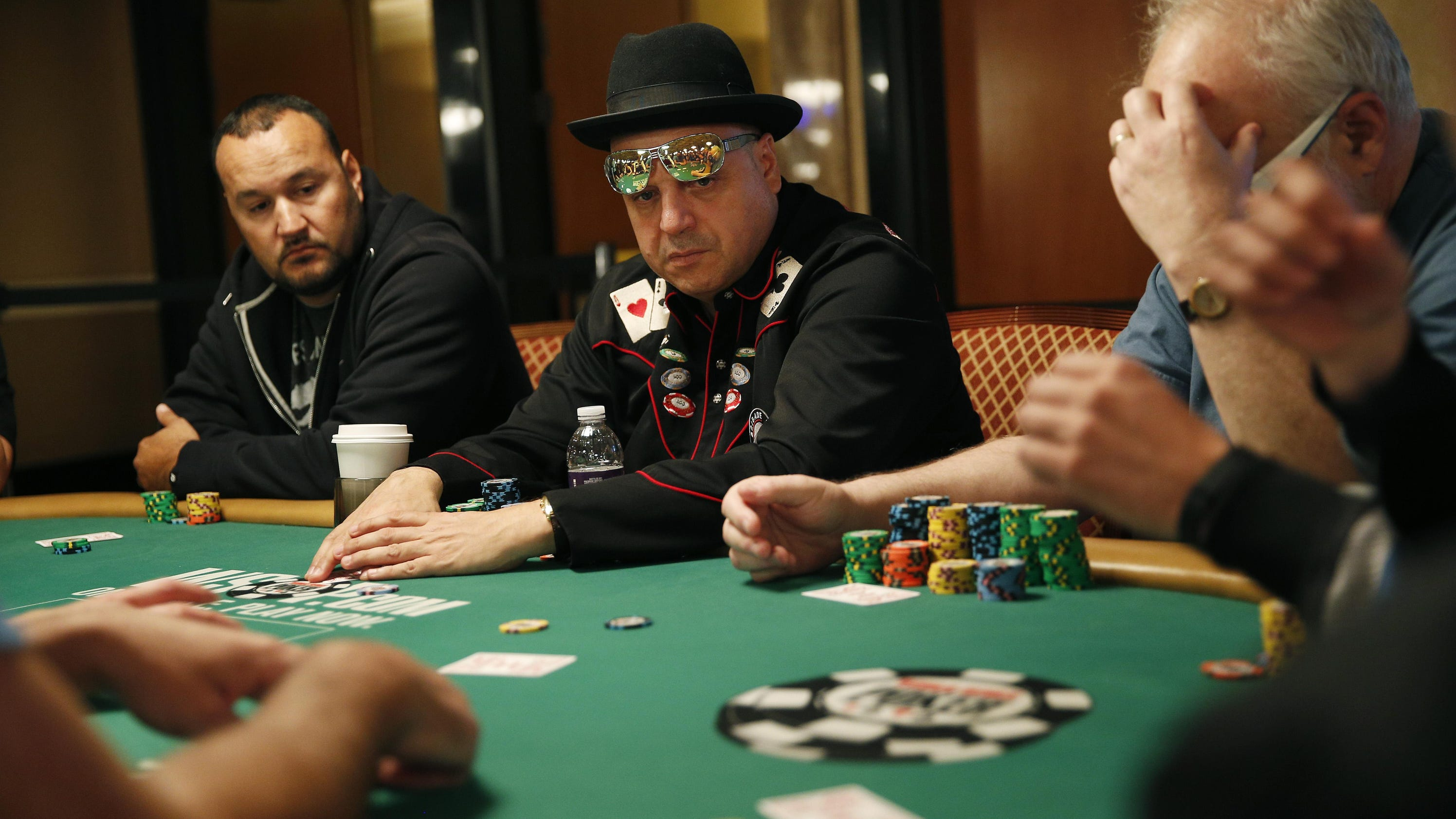 wsop main event entrants