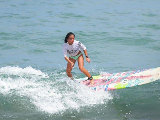 635803810915599638-surfing-1015-3