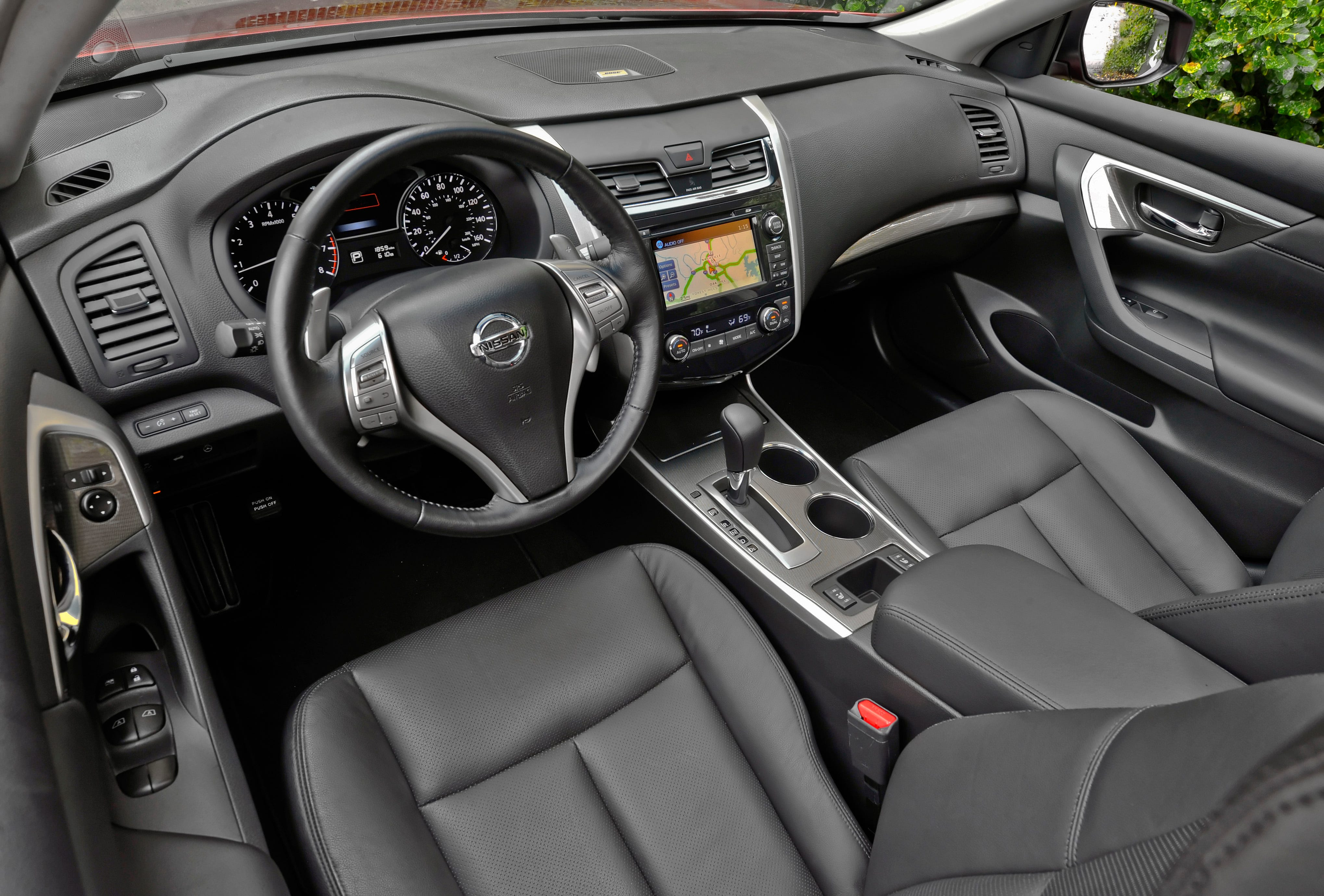 Nissan Altima: Bluetooth streaming audio (if soequipped)