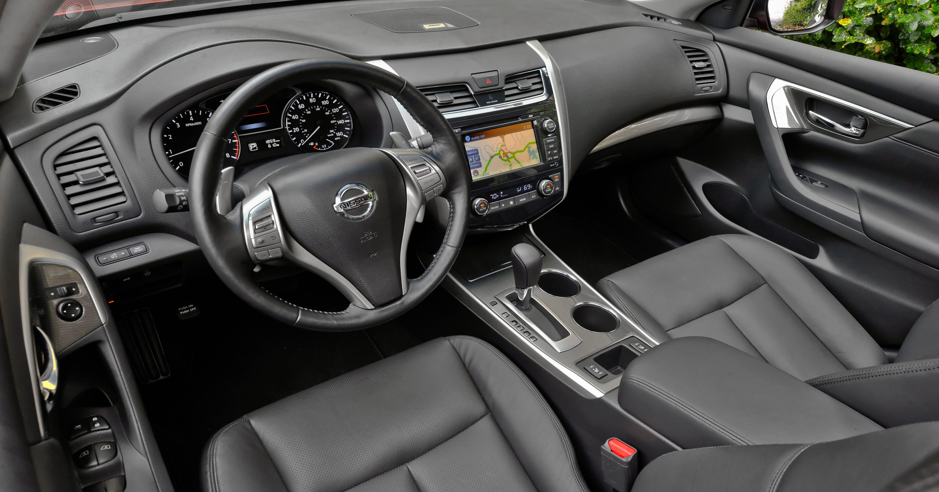 auto review: 2014 nissan altima keeps the faith
