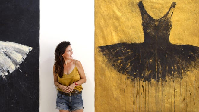 Ursula Salvador opened a pop-up art gallery in The Esplanade featuring work by Ewa Bathelier.
