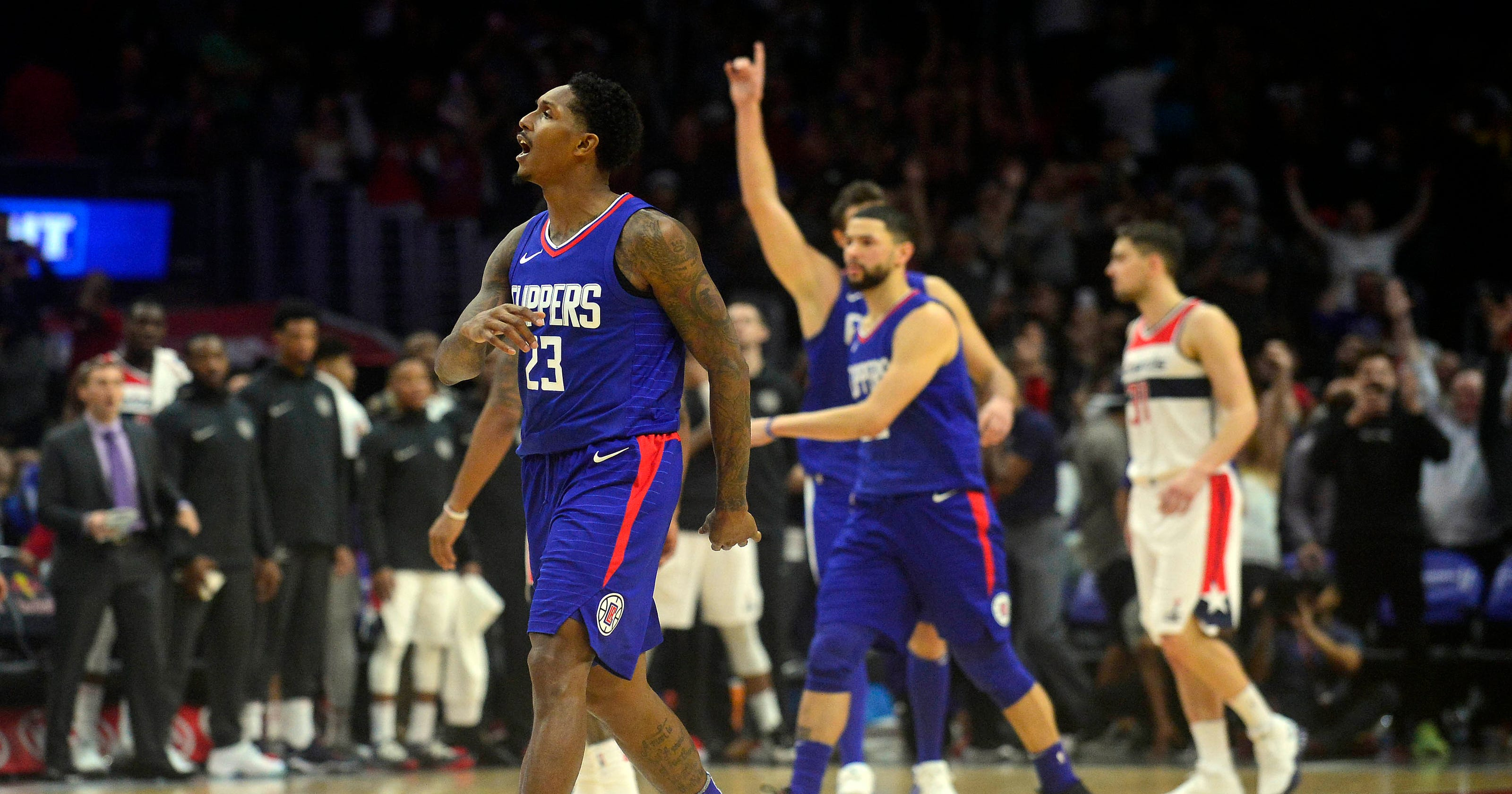 7d01d5e207b0 Lou Williams  three-pointer gives Clippers 113-112 win over Wizards