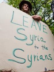 BUR 0905 syria protest c3