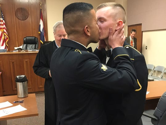 Gay Military Couple S First Kiss Photo Shared Widely On Facebook
