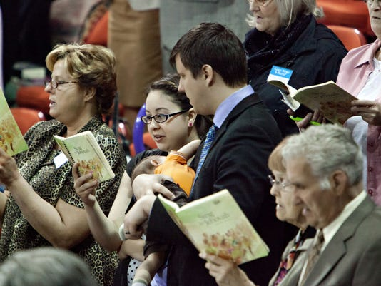 -GPG Jehovah's Witnesses 2013 convention Green Bay.jpg_20150520.jpg