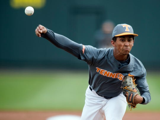 Tennessee's Will Neely pitches against Florida in the second game of the doubleheader at Lindsey Nelson Stadium on Sunday, April 8, 2018.