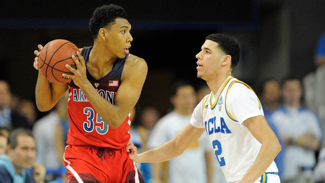 January 21, 2017: Arizona Wildcats guard Allonzo Trier (35) controls the ball against UCLA Bruins guard Lonzo Ball (2) during the second half at Pauley Pavilion.