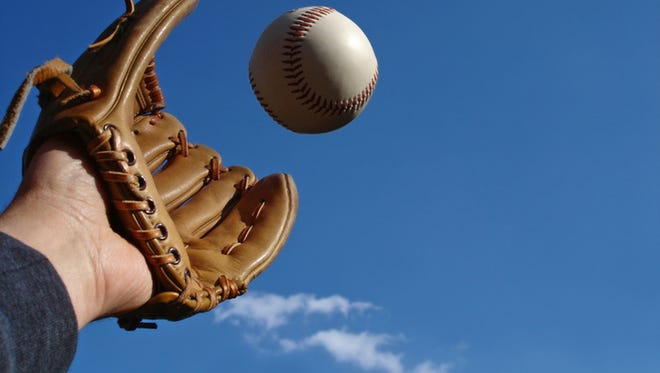 T-ball, baseball and softball teams are seeking players for the upcoming season throughout the El Paso area.