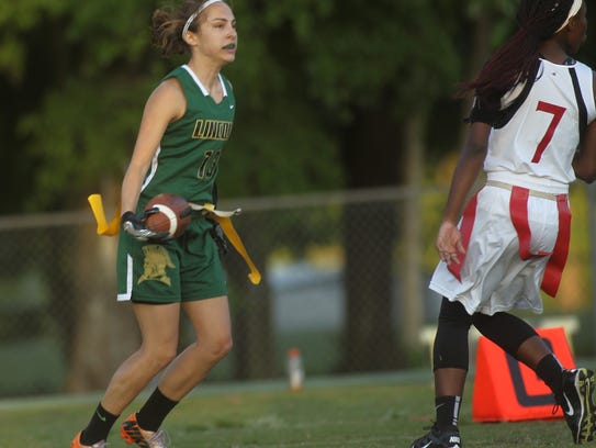 Lincoln's Mallory Eichin catches a touchdown against