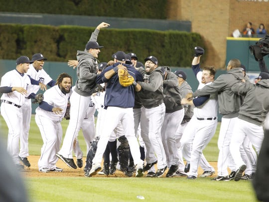 Celebration after the Tigers swept the Yankees in the