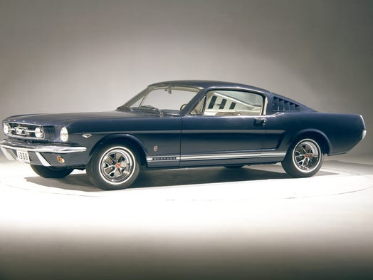 Oneofakind Mustang to be auctioned off in Indy