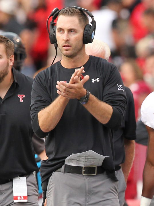 Kliff kingsbury has 39 moved on 39 bret bielema has not for Kiff not beat